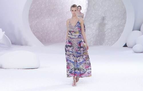 Неделя моды в Париже:Chanel весна-лето 2012