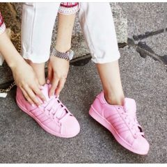 Какими должны быть женские кроссовки?