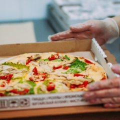 Плюсы доставки пиццы на дом