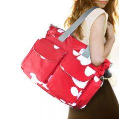 Какую сумку выбрать женщине для спорта?