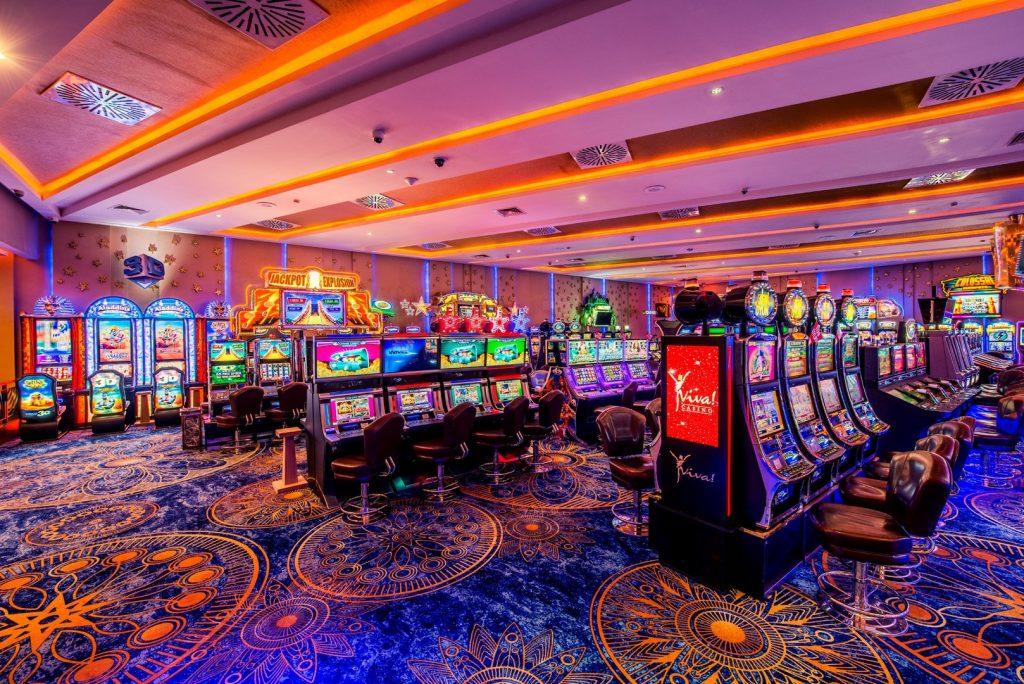 официальный сайт казино слава отзывы