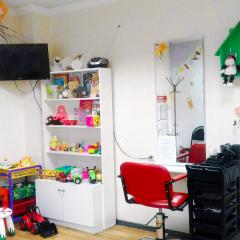 Как работают детские парикмахерские?